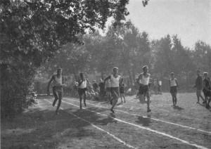 Hundertmeterlauf, 1909