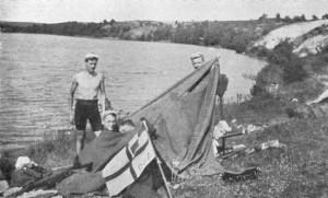 Rudern, große Fahrt mit Zelt, um 1930